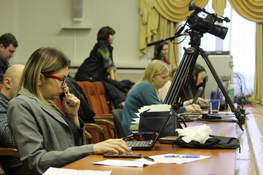 Запорожские депутаты собрались на сессию, - ФОТОРЕПОРТАЖ, фото-14