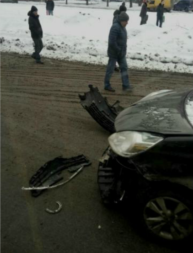 ДТП в Сумах: на ул. Харьковской столкнулись 4 автомобиля (ФОТО), фото-2