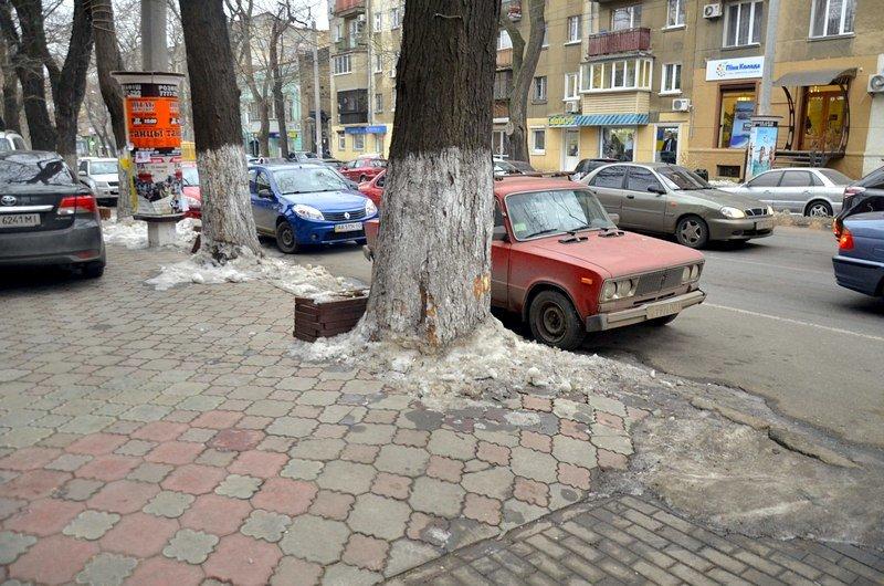 Улицы и тротуары Одессы остались покрыты льдом (ФОТО), фото-11