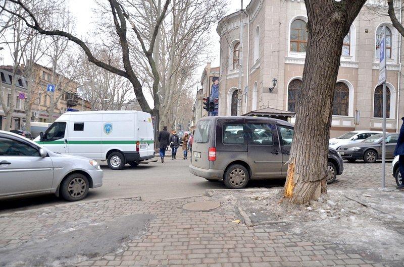 Улицы и тротуары Одессы остались покрыты льдом (ФОТО), фото-5