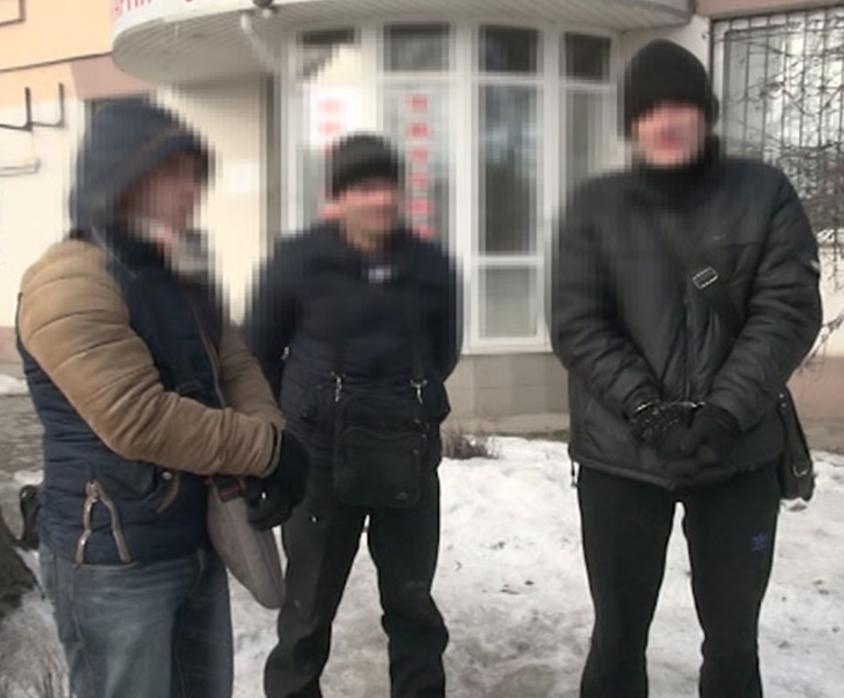 В Запорожье задержали банду, которая грабила квартиры, фото-1