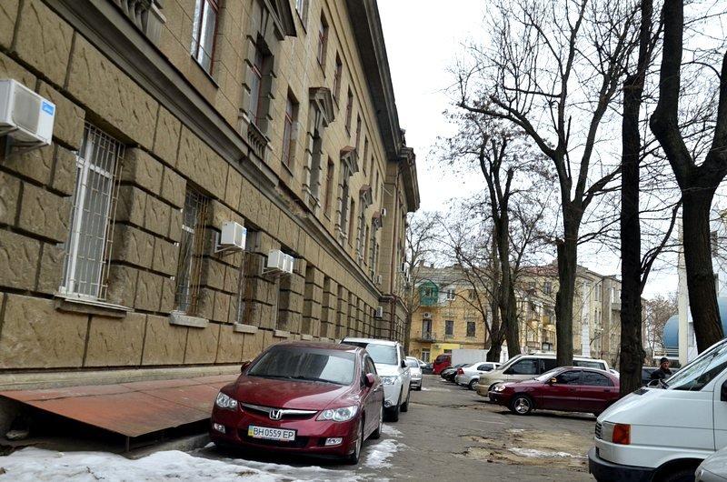 В центре Одессы остались горы снега, а на рынке не убирают (ФОТО), фото-17