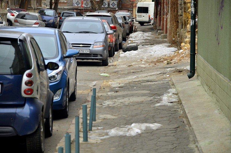 В центре Одессы остались горы снега, а на рынке не убирают (ФОТО), фото-8