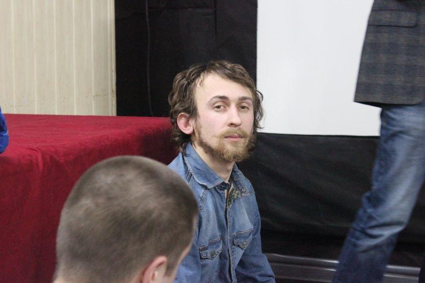 В кинотеатре Довженко с аншлагом презентовали фильм о разгоне запорожского Майдана, - ФОТОРЕПОРТАЖ, фото-18