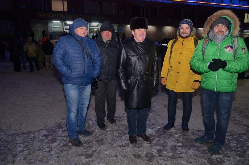 В Запорожье на акцию, посвященную годовщине разгона Майдана, пришел Шацкий и еще сотня горожан, фото-6