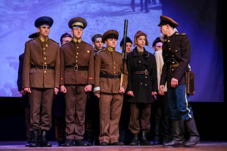 В Днепре ученики 34-й школы устроили патриотический концерт: КАК ЭТО БЫЛО (ФОТО), фото-4