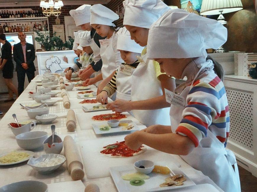 О, этот вкусный год! Ресторан Voyage приглашает белгородцев на свой первый день рождения, фото-2