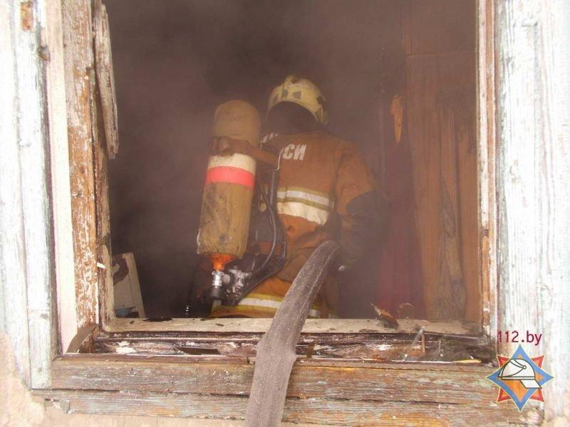 В Полоцке на пожаре женщина получила ожоги 25% тела, фото-1