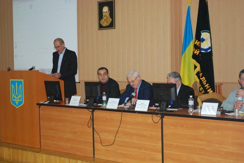 Пчеловоды со всей Украины собрались в СНАУ, фото-2