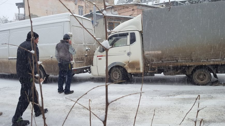 ФОТО: Ялту завалило снегом, фото-33