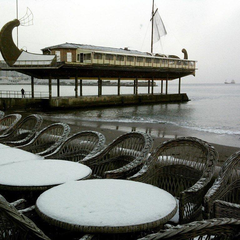 ФОТО: Ялту завалило снегом, фото-37