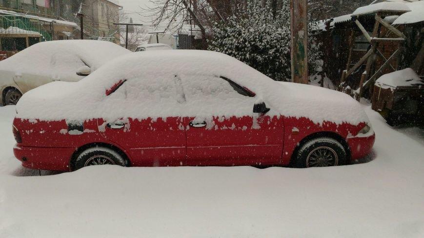ФОТО: Ялту завалило снегом, фото-36
