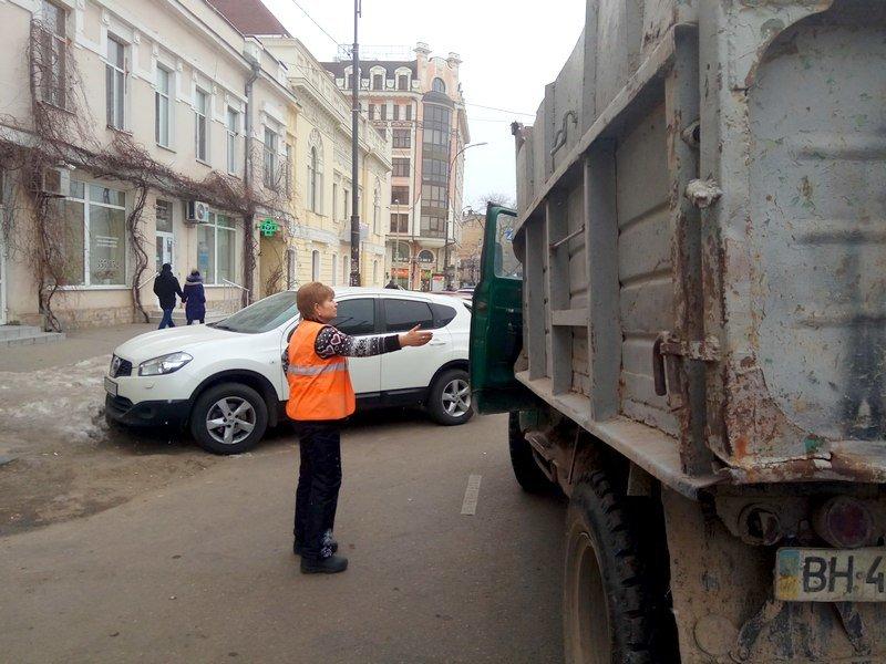 Одесситам зайти в трамвай мешал автохам на ЗиЛе (ФОТО), фото-6