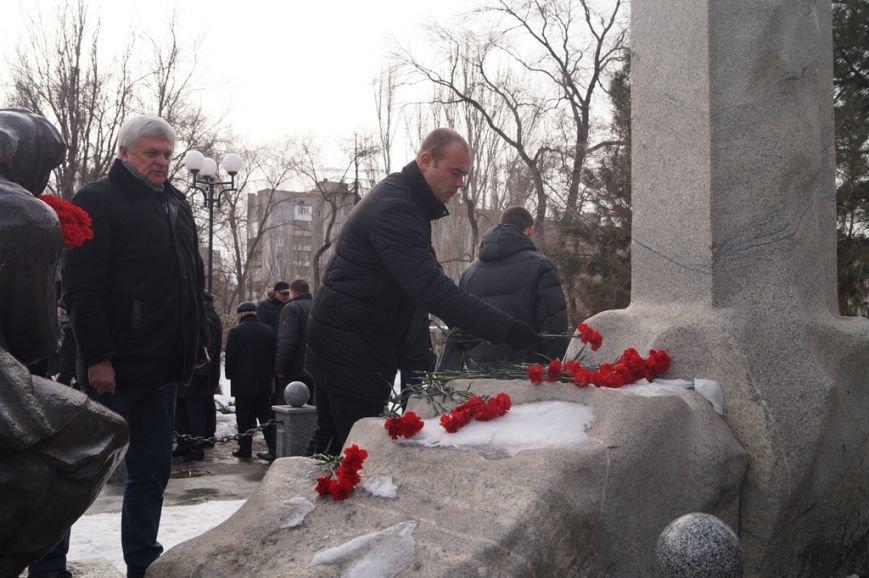 В Запорожье Богуслаев и Брыль почтили память евреев, убитых во время Холокоста, - ФОТО, фото-3