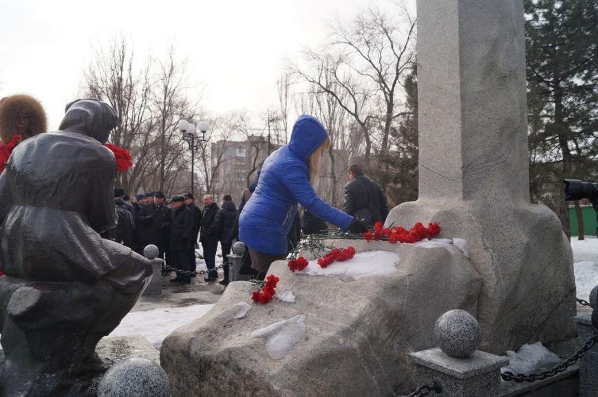 В Запорожье Богуслаев и Брыль почтили память евреев, убитых во время Холокоста, - ФОТО, фото-6