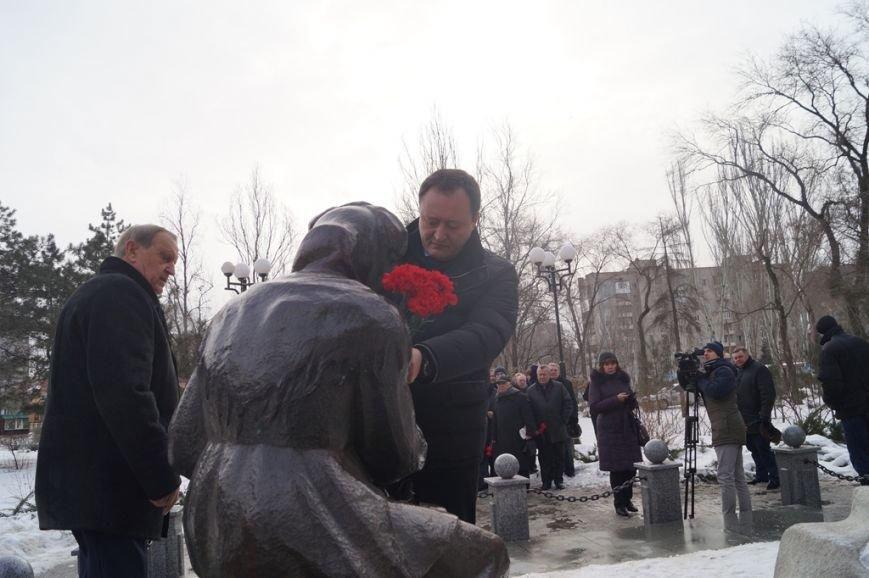 В Запорожье Богуслаев и Брыль почтили память евреев, убитых во время Холокоста, - ФОТО, фото-2