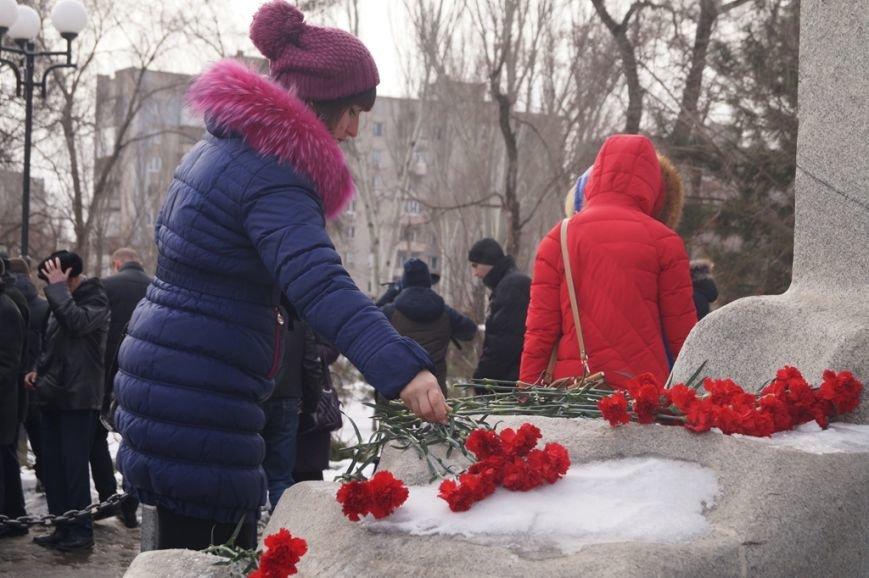 В Запорожье Богуслаев и Брыль почтили память евреев, убитых во время Холокоста, - ФОТО, фото-5