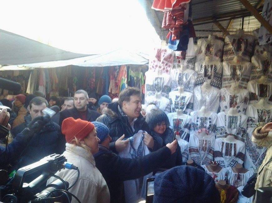 Продавці Калинівського ринку обслуговують відомих політиків, фото-2
