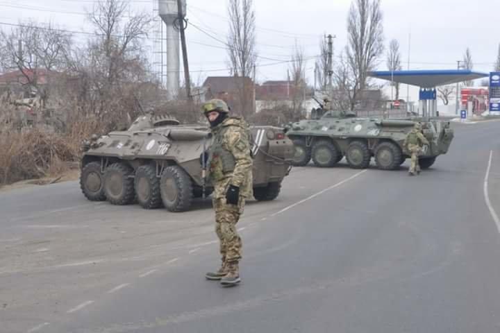 Впечатляющие фото: Военные под Одессой проводят учения (ФОТО), фото-1