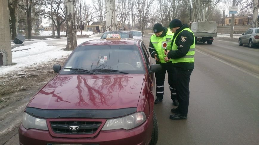 В Запорожье поймали 14 нелегальных таксистов, - ФОТО, фото-1
