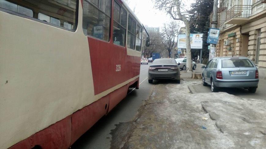 Одессит на Хюндай забыл, для чего по городу проложены рельсы (ФОТО), фото-3