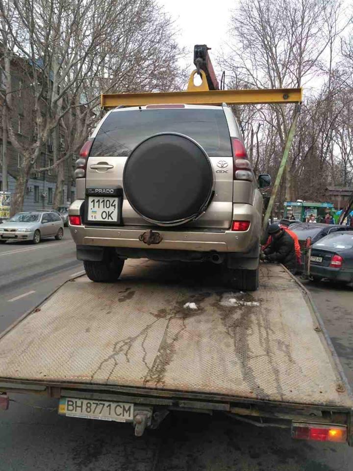 Одесские герои парковки массово лишились своих авто (ФОТО, ВИДЕО), фото-4