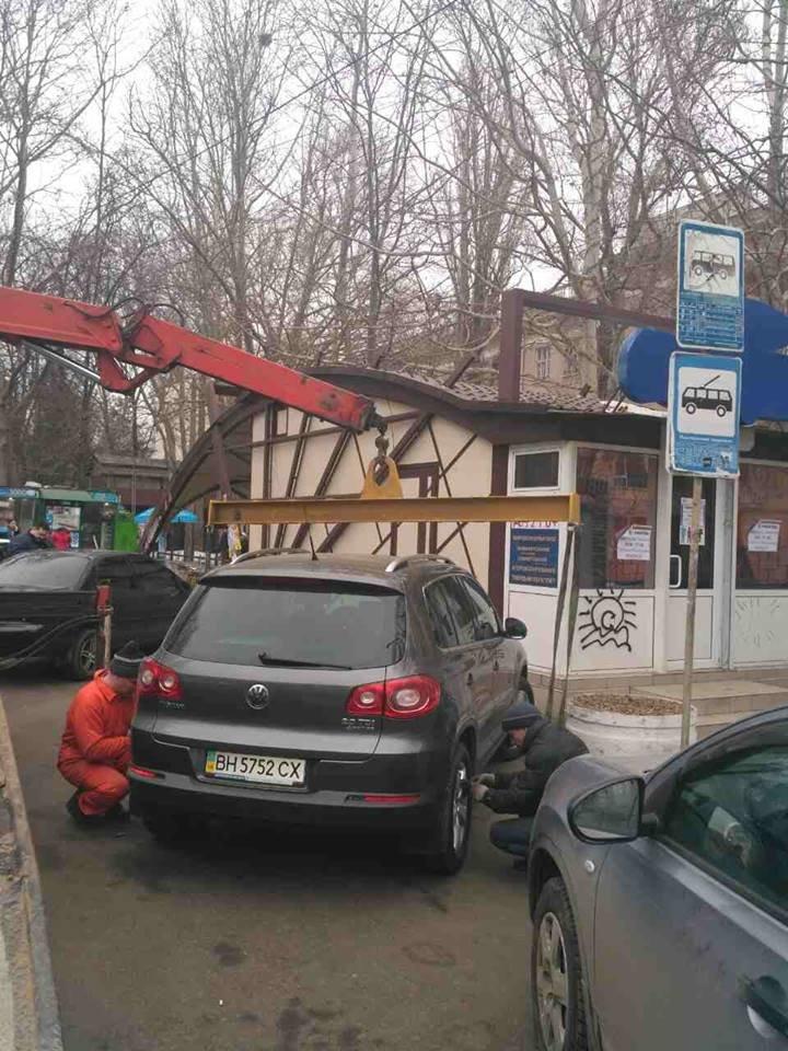 Одесские герои парковки массово лишились своих авто (ФОТО, ВИДЕО), фото-5