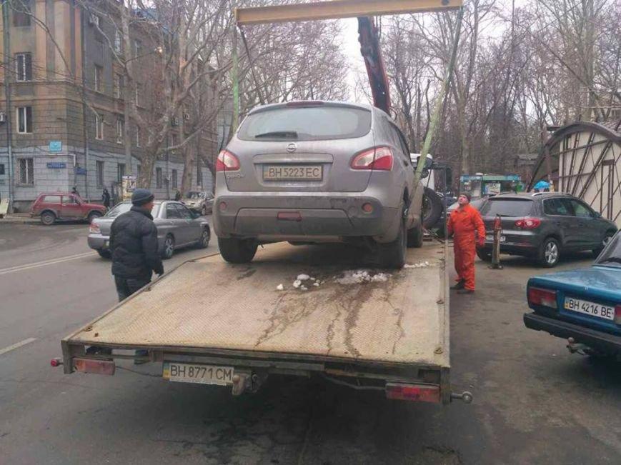 Одесские герои парковки массово лишились своих авто (ФОТО, ВИДЕО), фото-2