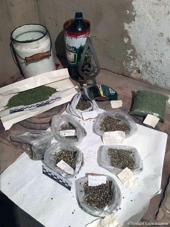 """В Харькове два брата """"хранили для себя"""" 8 килограмм марихуаны (ФОТО), фото-4"""