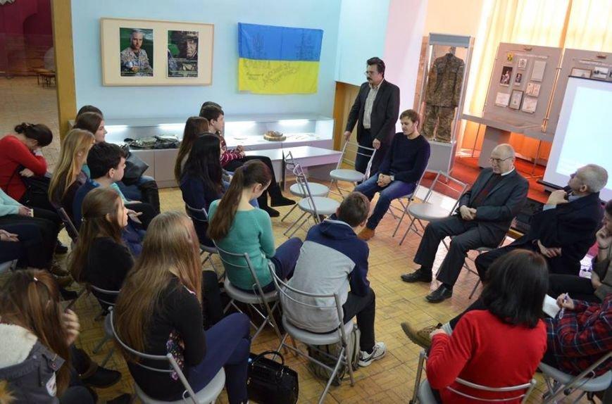 В музее показали фильм о студентах, выступивших на защиту УНР, фото-6
