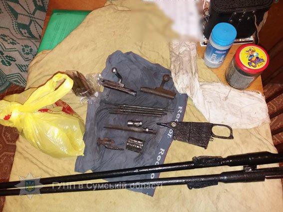 Гвинтівки, порох, патрони, а також оптику намагався приховати від поліції уродженець Конотопщини, фото-4