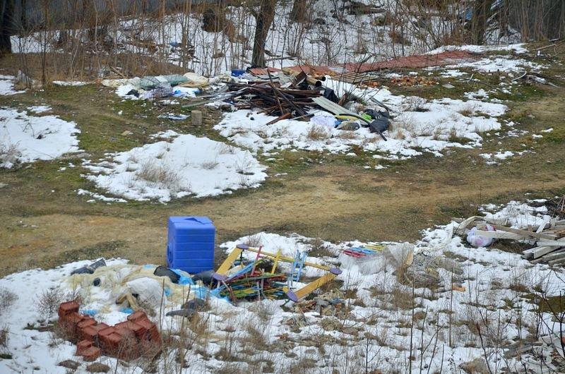 В одесской Аркадии бомжи «укрепляют» склоны мусором (ФОТО), фото-14