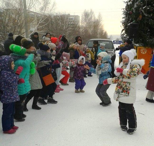 Снежный городок в южной части весело закрыт (фото), фото-1