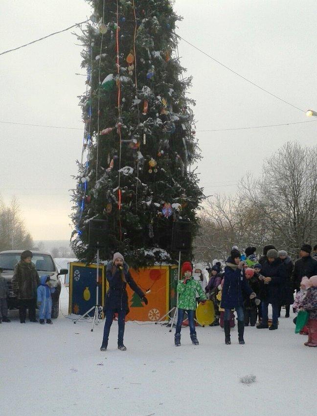 Снежный городок в южной части весело закрыт (фото), фото-13