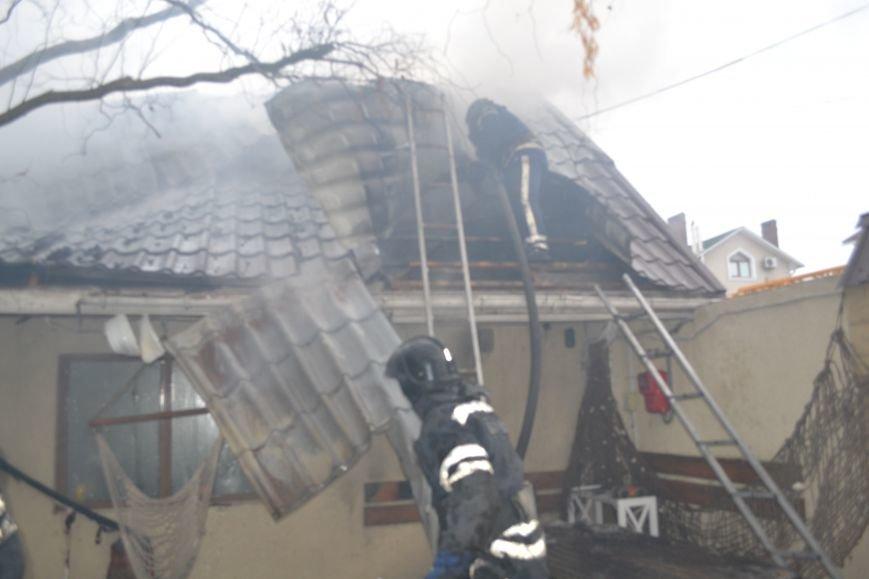 В Одессе возник пожар возле мемориала воинской славы, фото-1