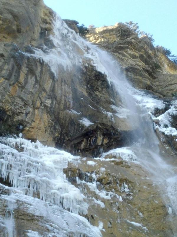 ВИДЕО: в Крыму замерз самый высокий водопад Учан-Су, фото-5