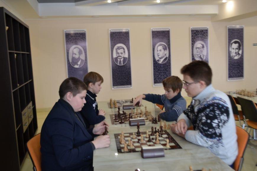 На шахматном турнире в Кривом Роге сильнейшей стала команда Центрально-Городского района (ФОТО), фото-10