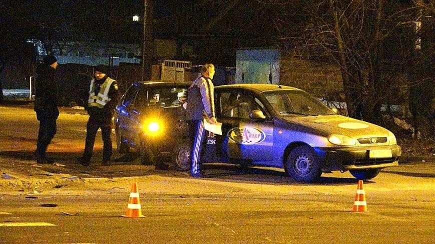 В Мариуполе на пр. Строителей сразу три автомобиля попали в аварию (ФОТО), фото-5