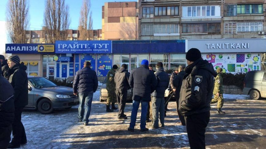 В Кривом Роге сообщили о взрывном устройстве в автомобиле на 95 квартале (ФОТО), фото-9