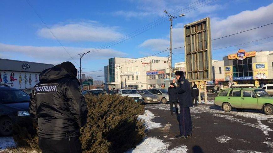 В Кривом Роге сообщили о взрывном устройстве в автомобиле на 95 квартале (ФОТО), фото-4