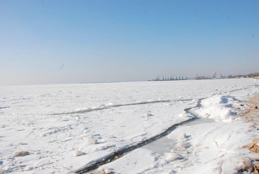 Азовское море покрылось льдом (ФОТОРЕПОРТАЖ), фото-1