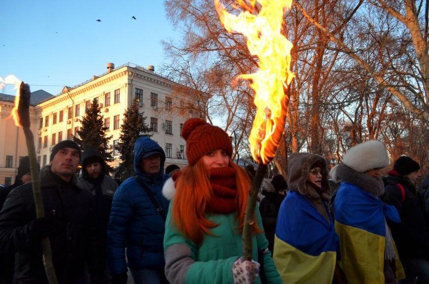 Запорожцы почтили память героев Крут факельным шествием, - ФОТОРЕПОРТАЖ, фото-3