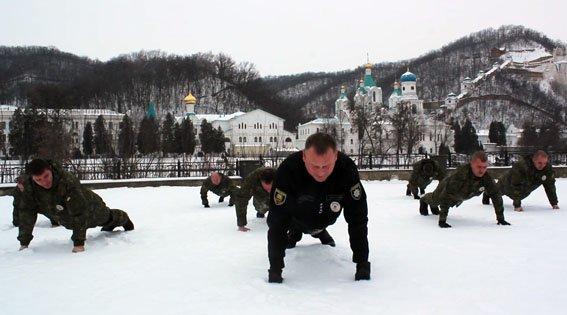 Полицейские Донетчины присоединились к флешмобу в поддержку военных (ВИДЕО), фото-2