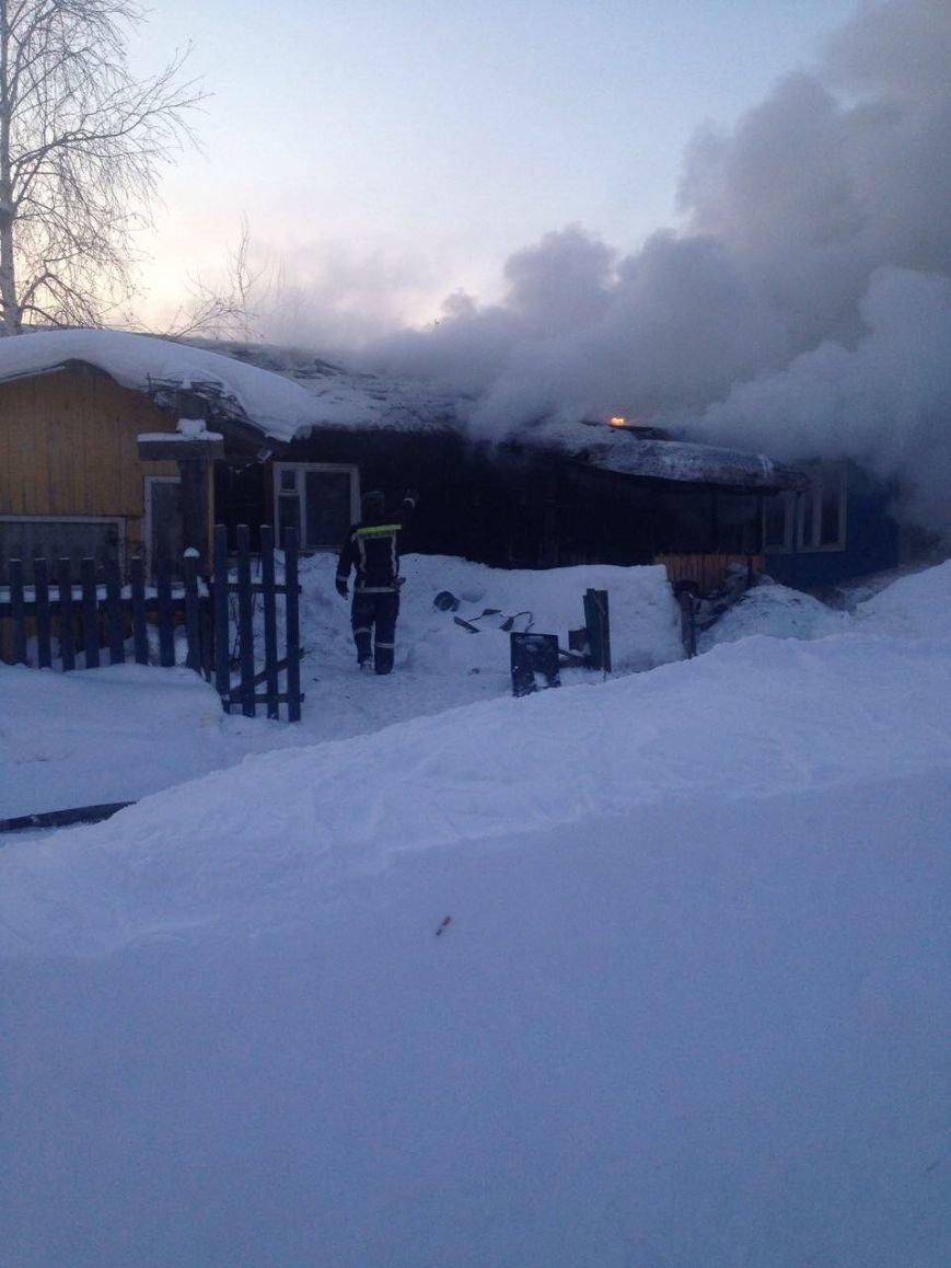 В Нижневартовске по очереди горели дома поселка Мостоотряд-69, фото-4