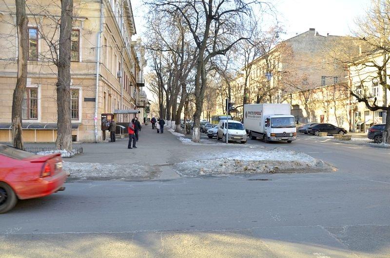 В Одессе «дороги знаний» остались покрыты льдом (ФОТО), фото-3