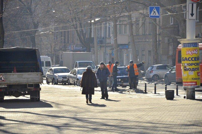 В Одессе «дороги знаний» остались покрыты льдом (ФОТО), фото-10