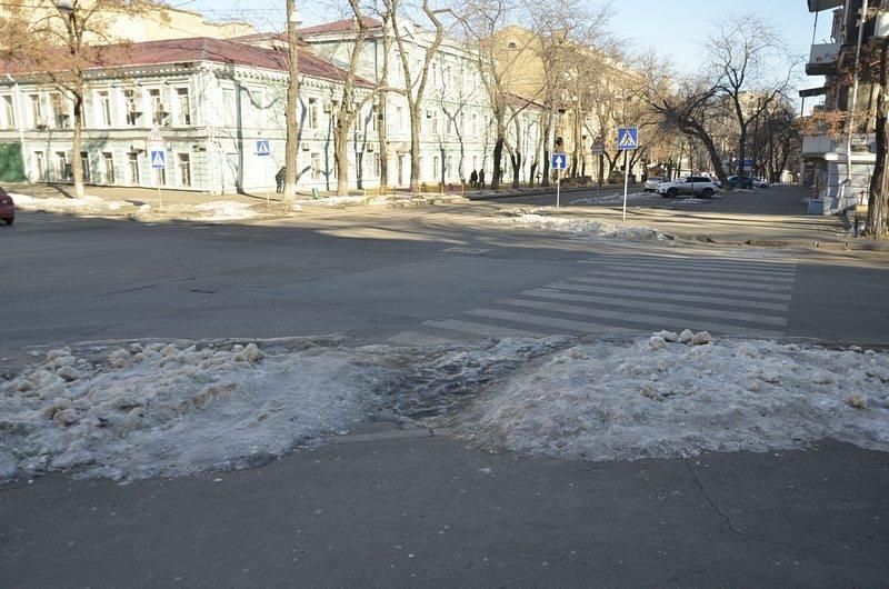 В Одессе «дороги знаний» остались покрыты льдом (ФОТО), фото-1