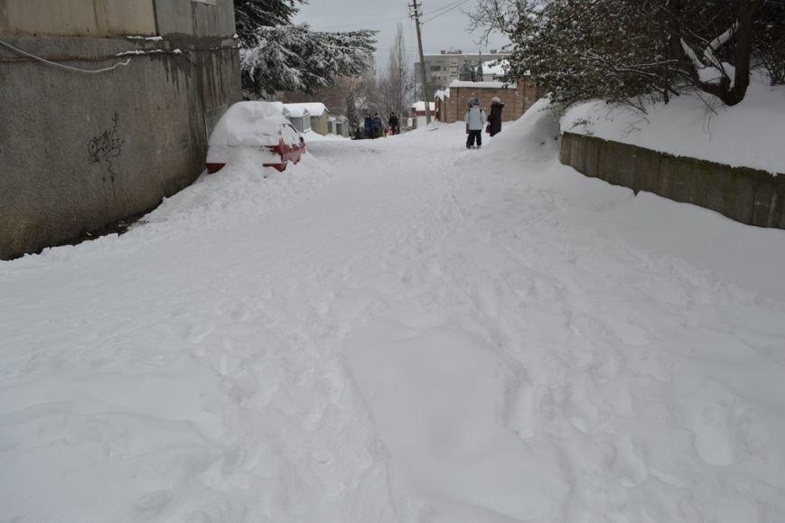 Южнобережные Гаспра и Кореиз на выходных  оказались в снежном плену, фото-1