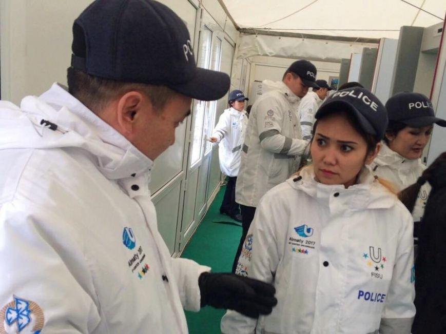 На Универсиаду полицейские Алматы вышли в новой форме. ФОТО, фото-1