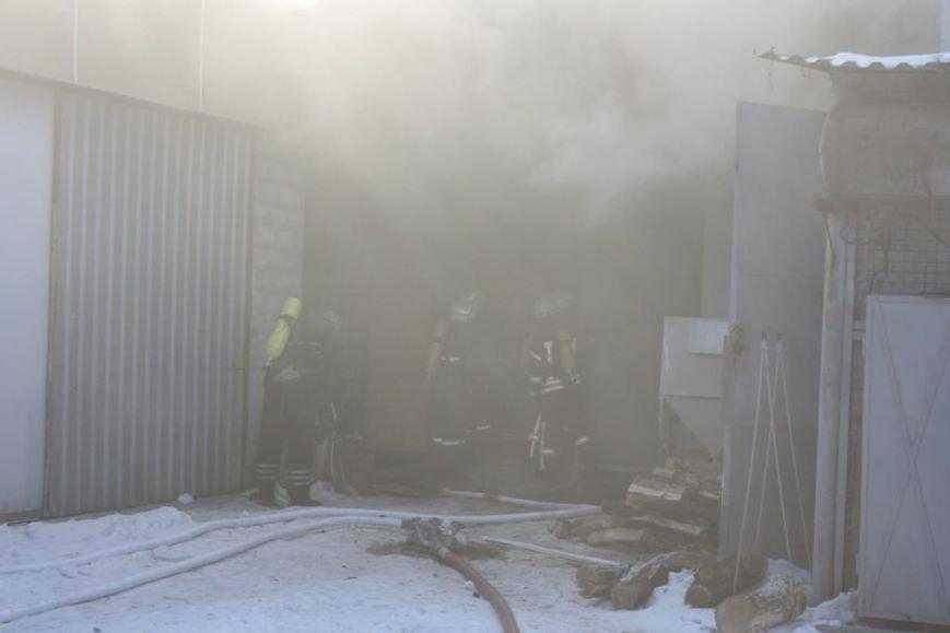 В Запорожье горел склад электроприборов, - ФОТО, фото-2